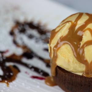 Molten-Chocolate-Cake