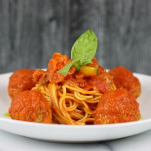 Pompete con Spaghetti In Marinara